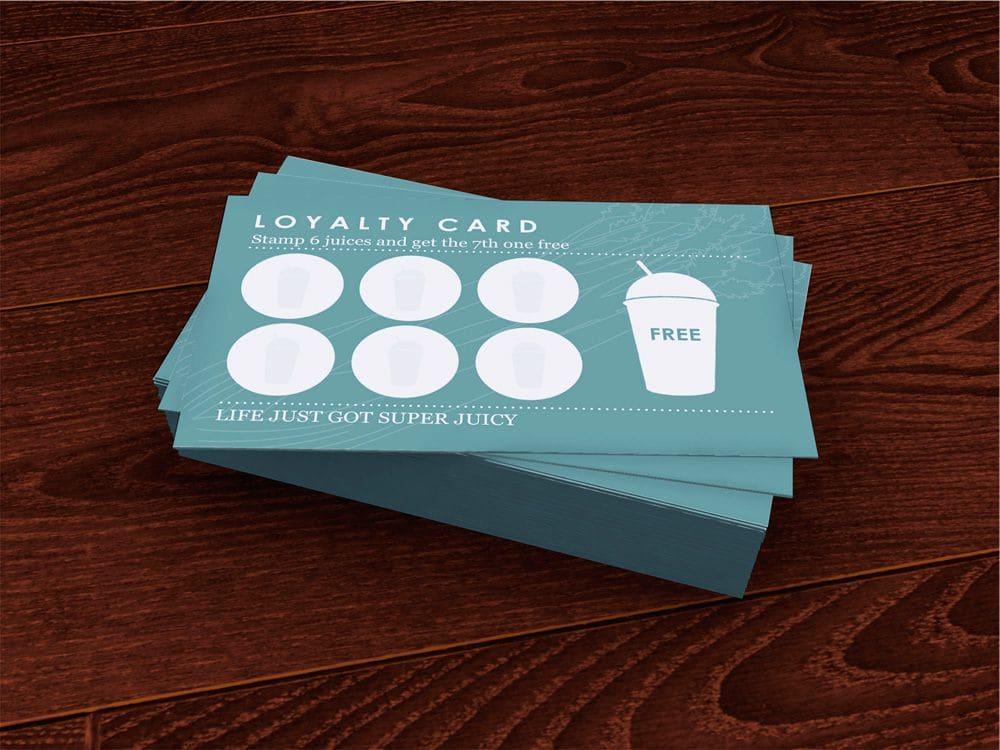 karta dla kawiarni z naklejkami w ksztalcie kawy