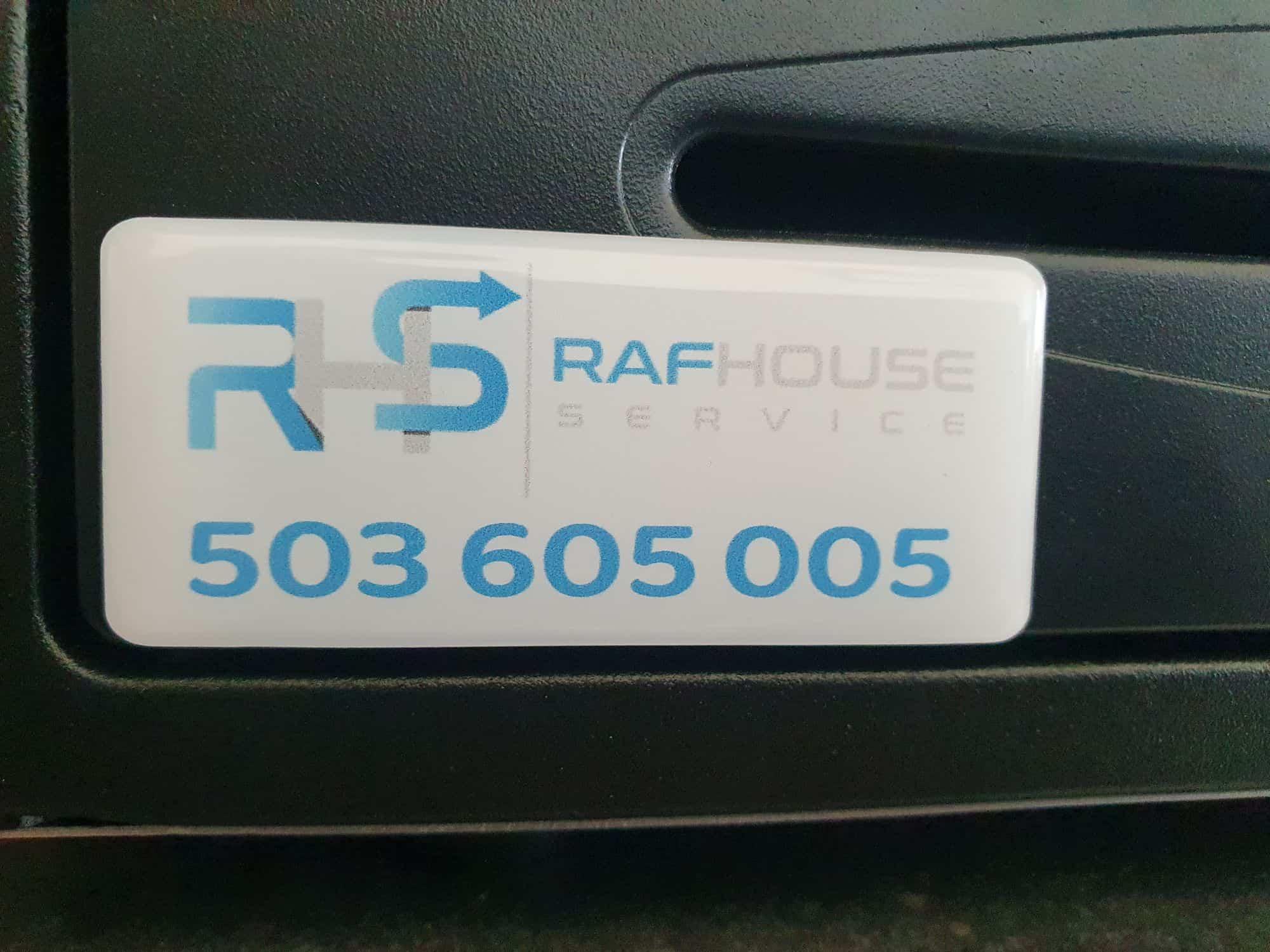 naklejki wypukłe z logo RafHouse service