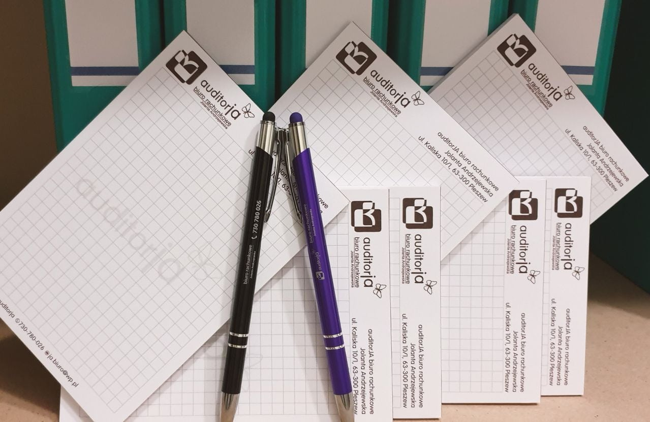 notesy i długopisy z logo auditorja