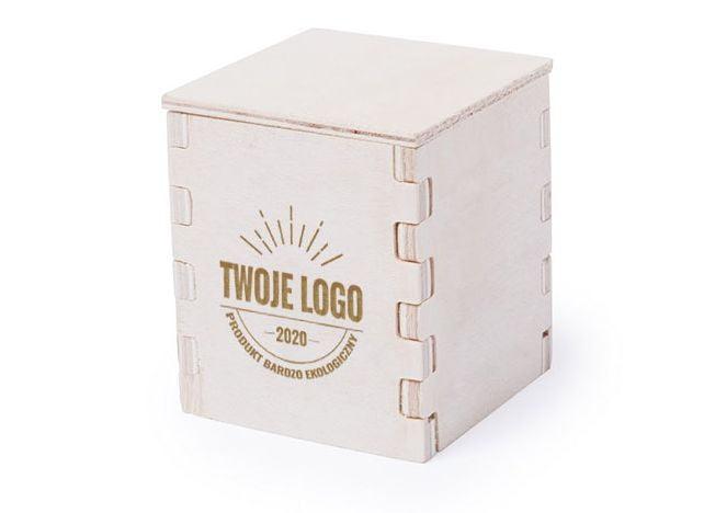 """drewniana doniczka z wygrawerowanym napisem """"Twoje logo"""""""