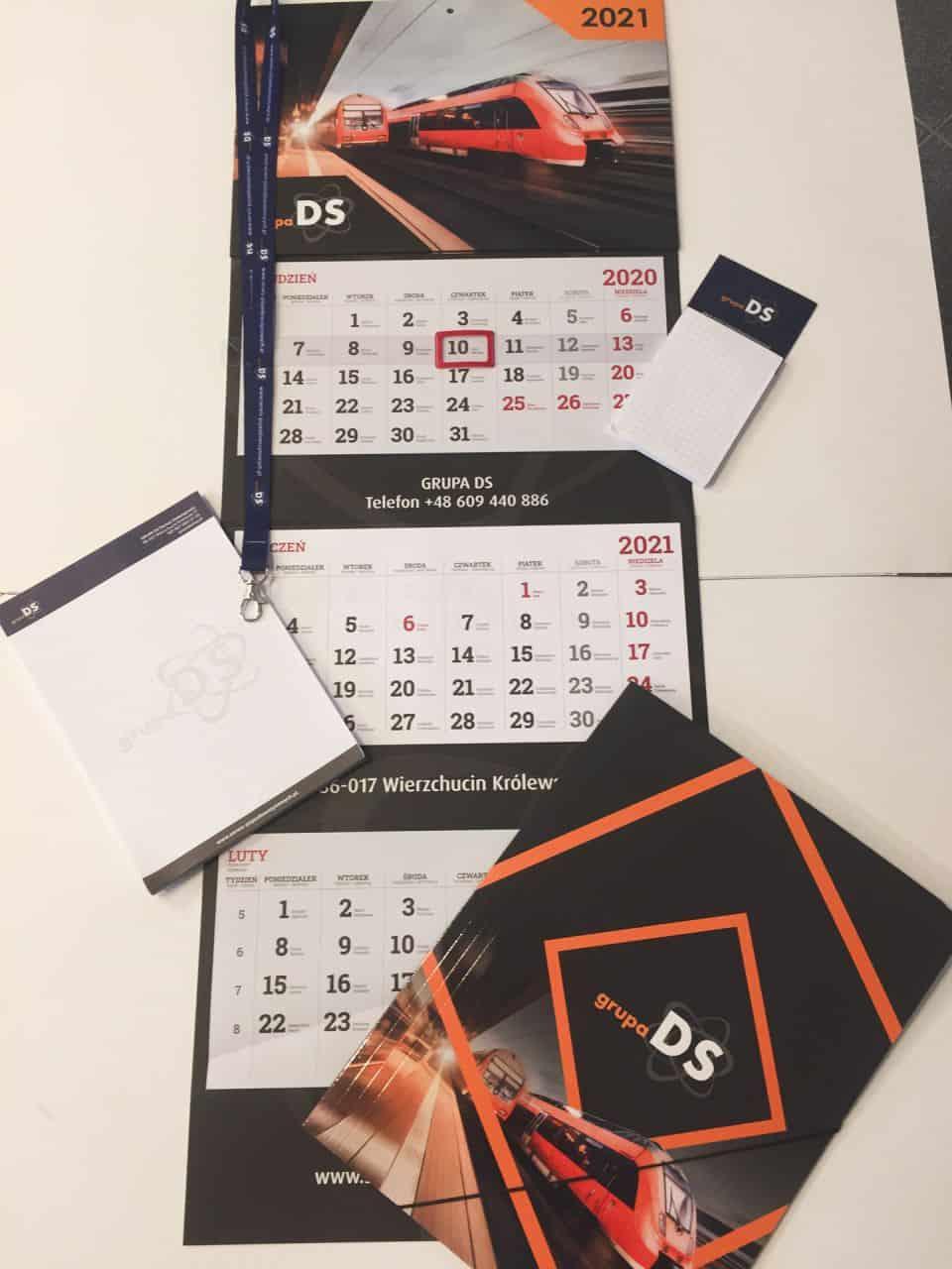 kalendarze trójdzielne z nadrukiem firmy Grupa GS
