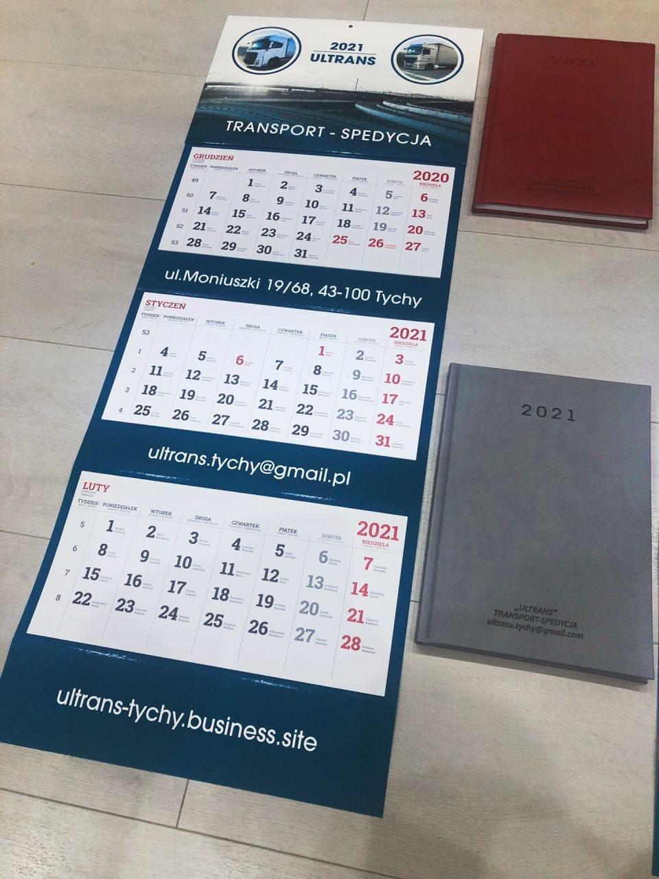 kalendarze trójdzielne i kalendarze książkowe z logo Ultrans
