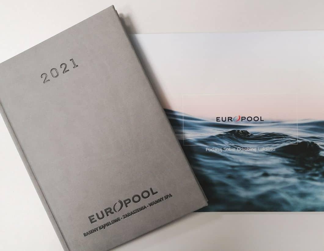 szare kalendarze książkowe z logo EuroPool
