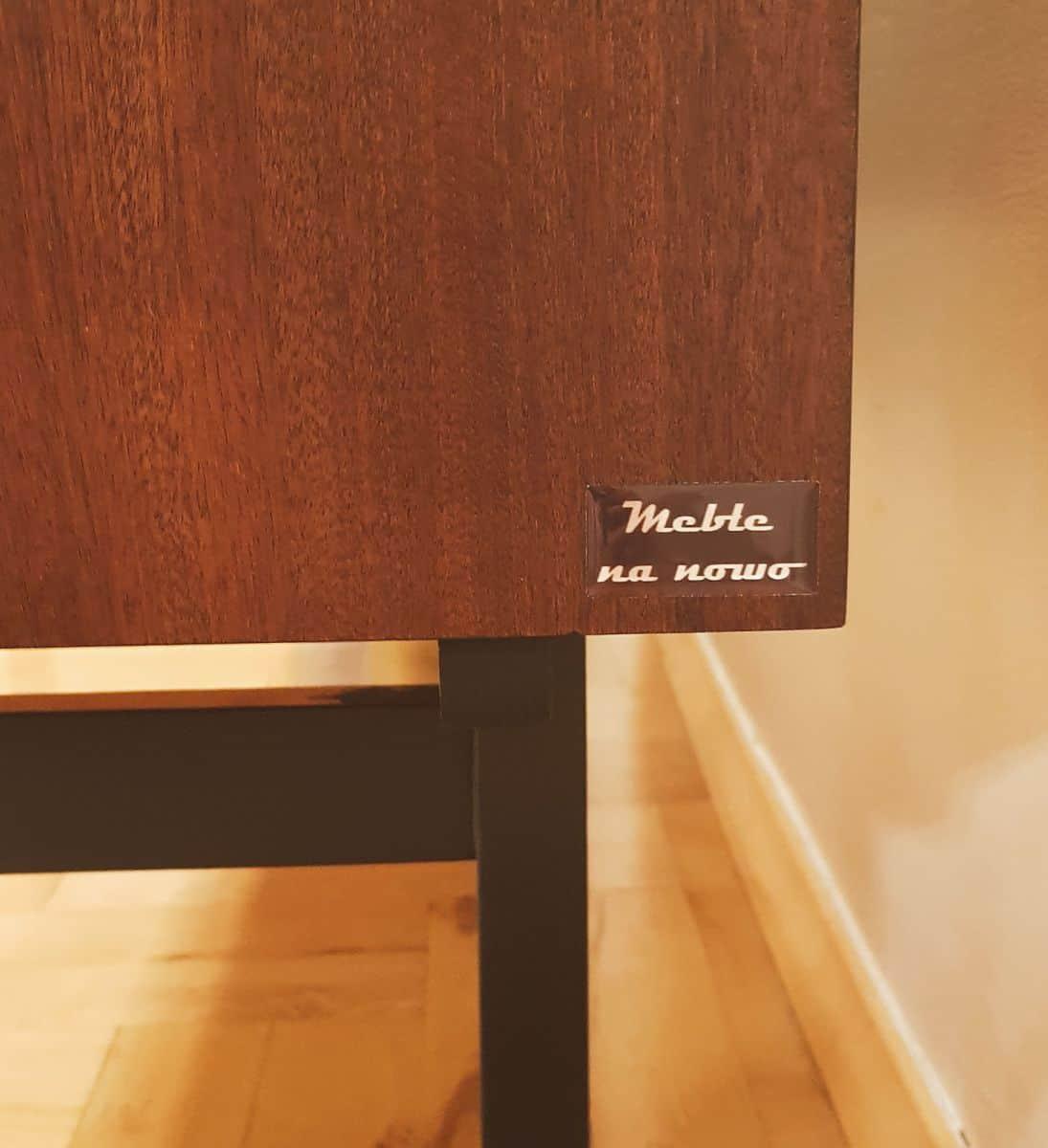naklejki wypukłe przeźroczyste z napisem Meble na nowo