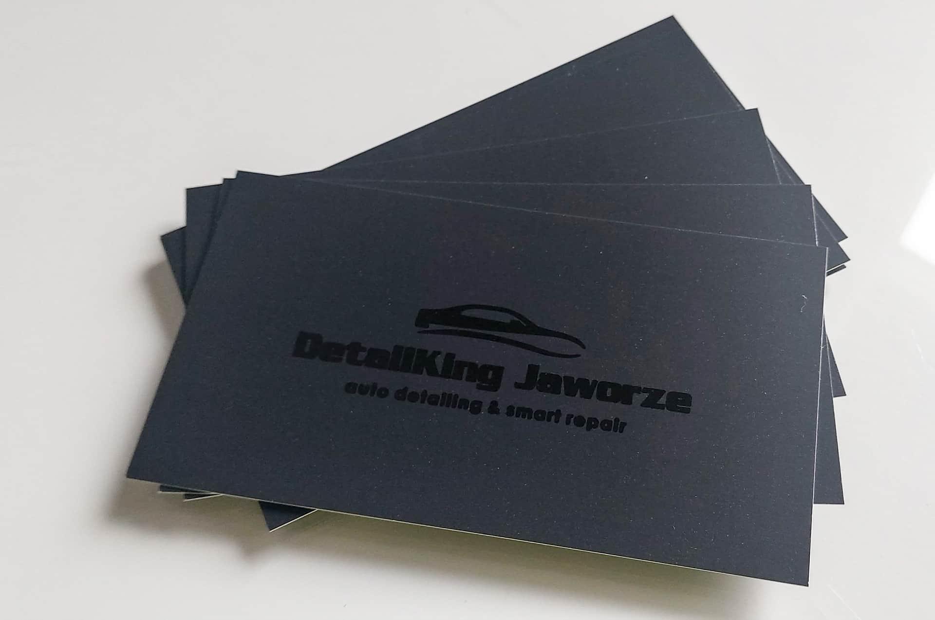 wizytówki z błyszczącym logo DetallKing Jaworze