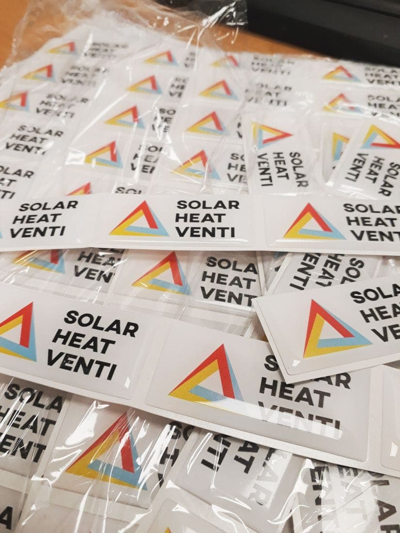 naklejki 3d z logo Solar Heat Venti