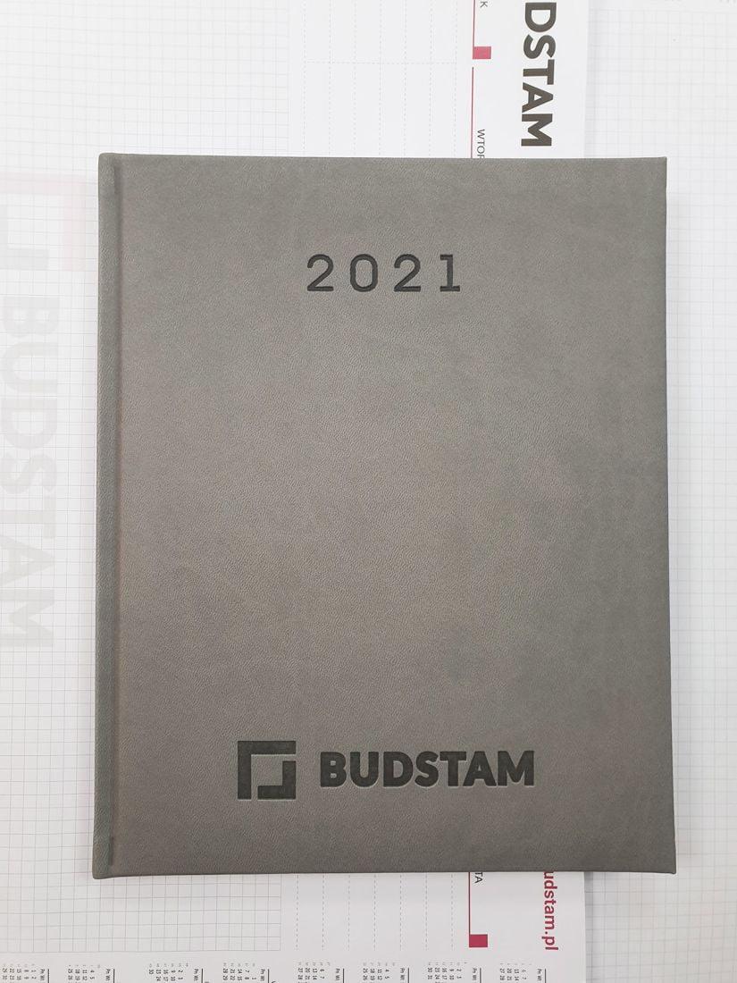 kalendarze książkowe z tłoczonym logo BUDSTAM