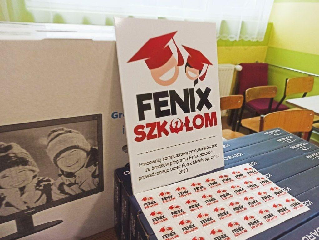 naklejki z nadrukiem FENIX Szkołom