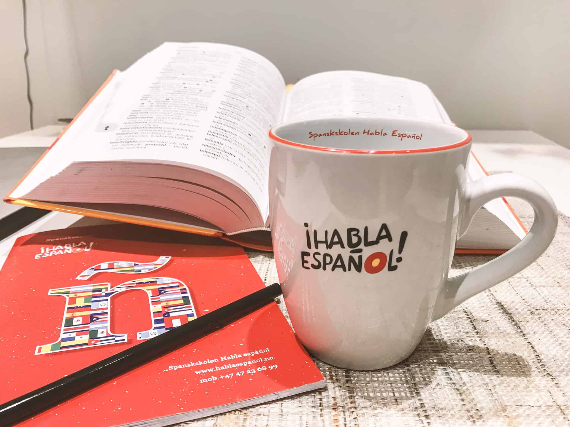 kubki edge z logo Ihabla Espanol