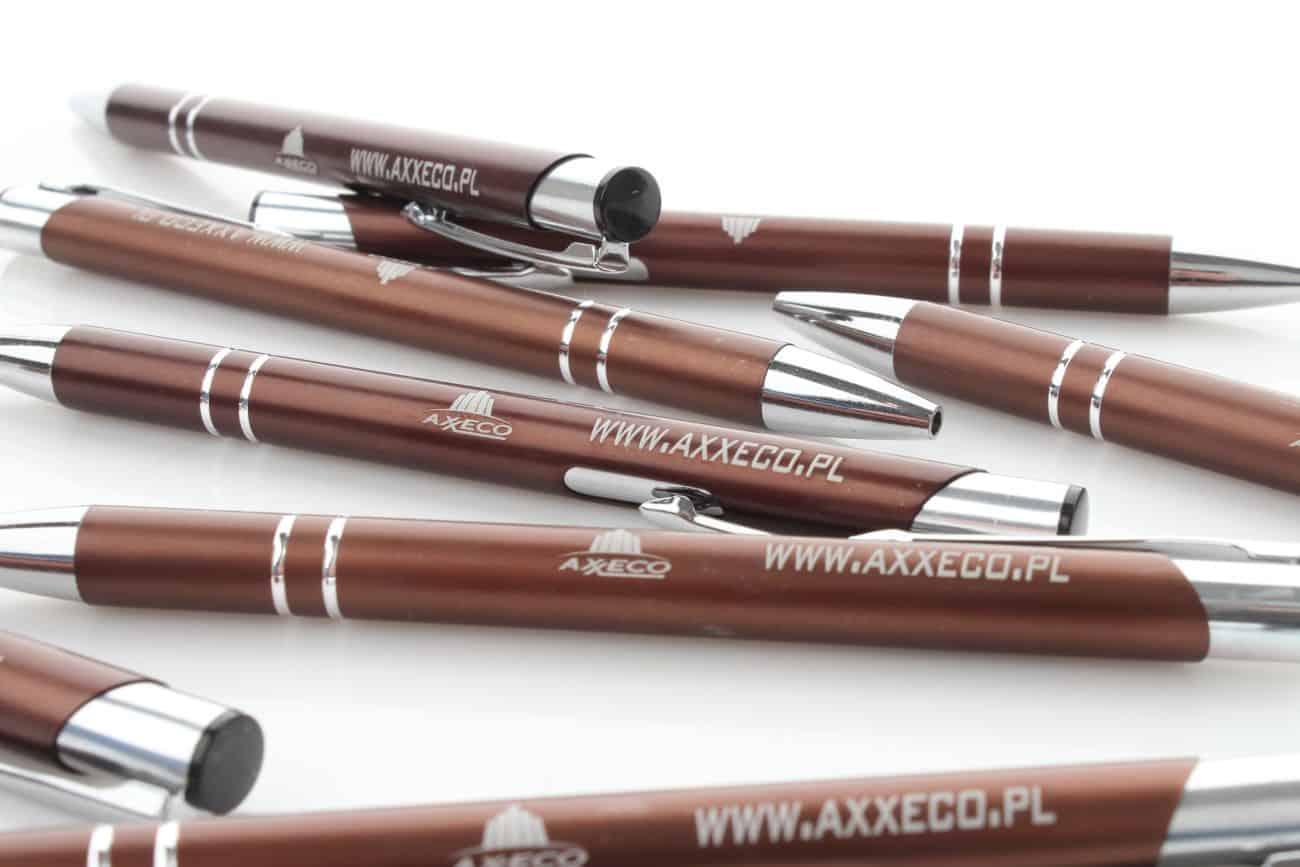 długopisy z nadrukiem dla firmy Axxeco
