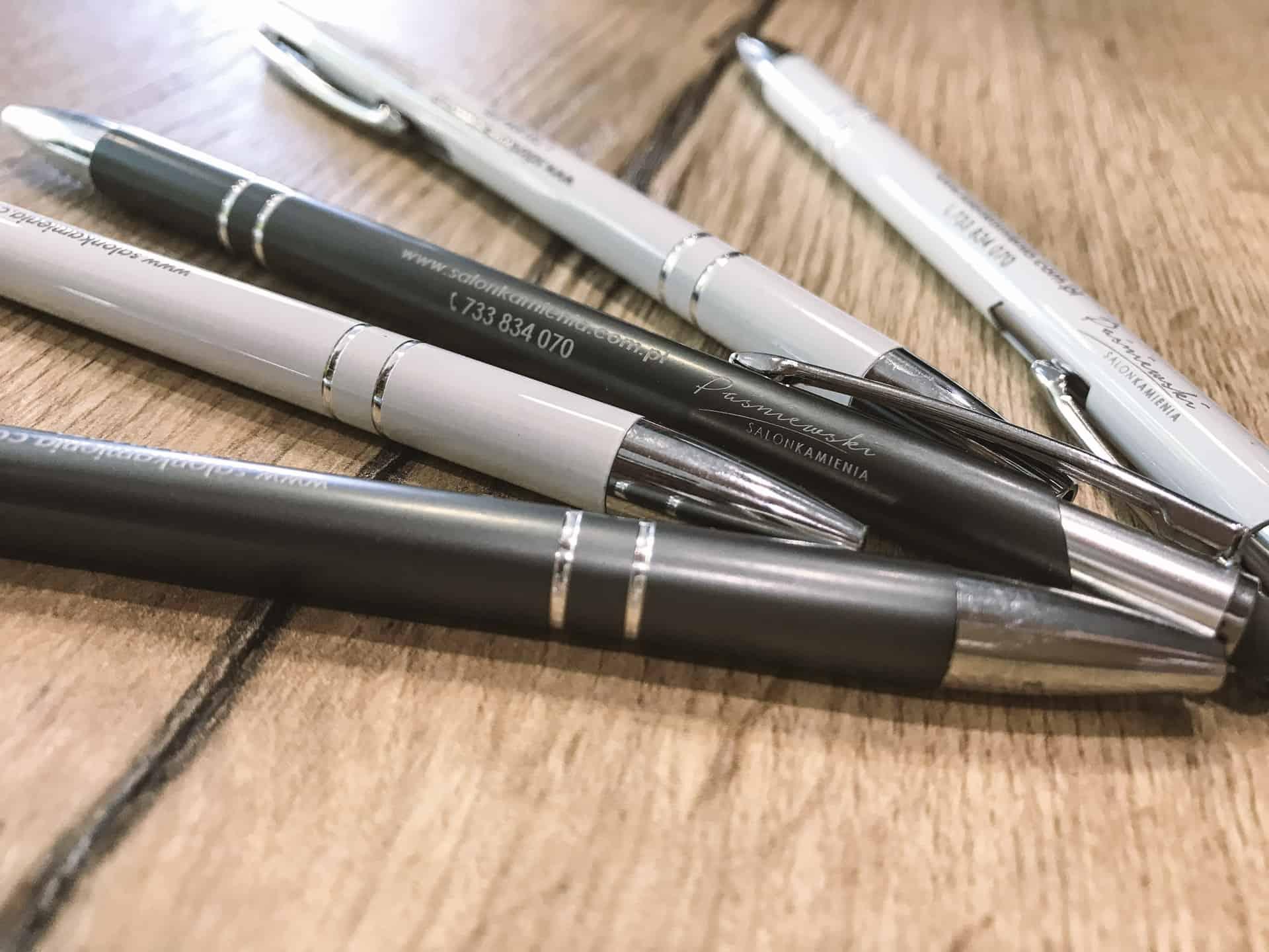 długopisy reklamowe z logo dla salon kamienia