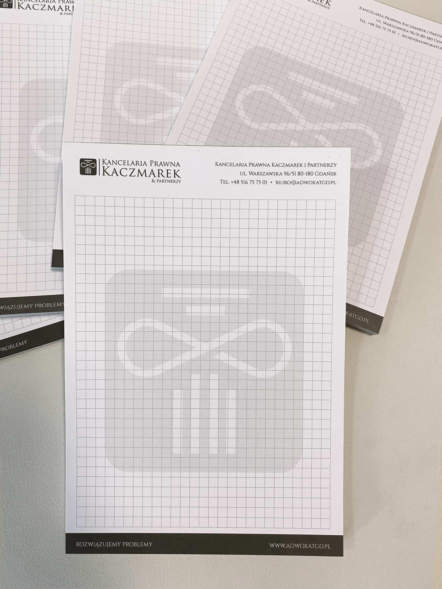 notesy reklamowe z logo kancelarii prawnej Kaczmarek