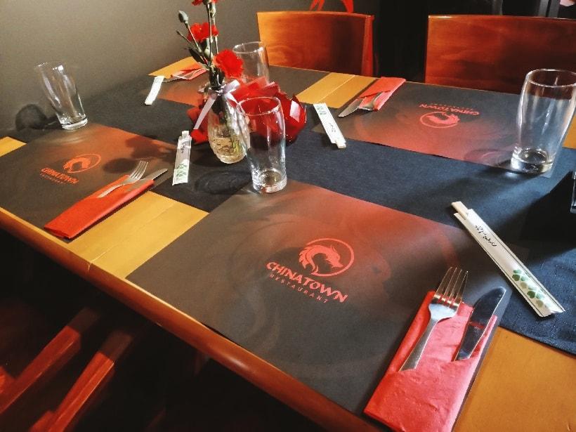 podkładki restauracyjne na stół z logo China Town