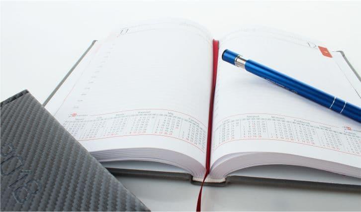 otwarty kalendarz książkowy - seria V