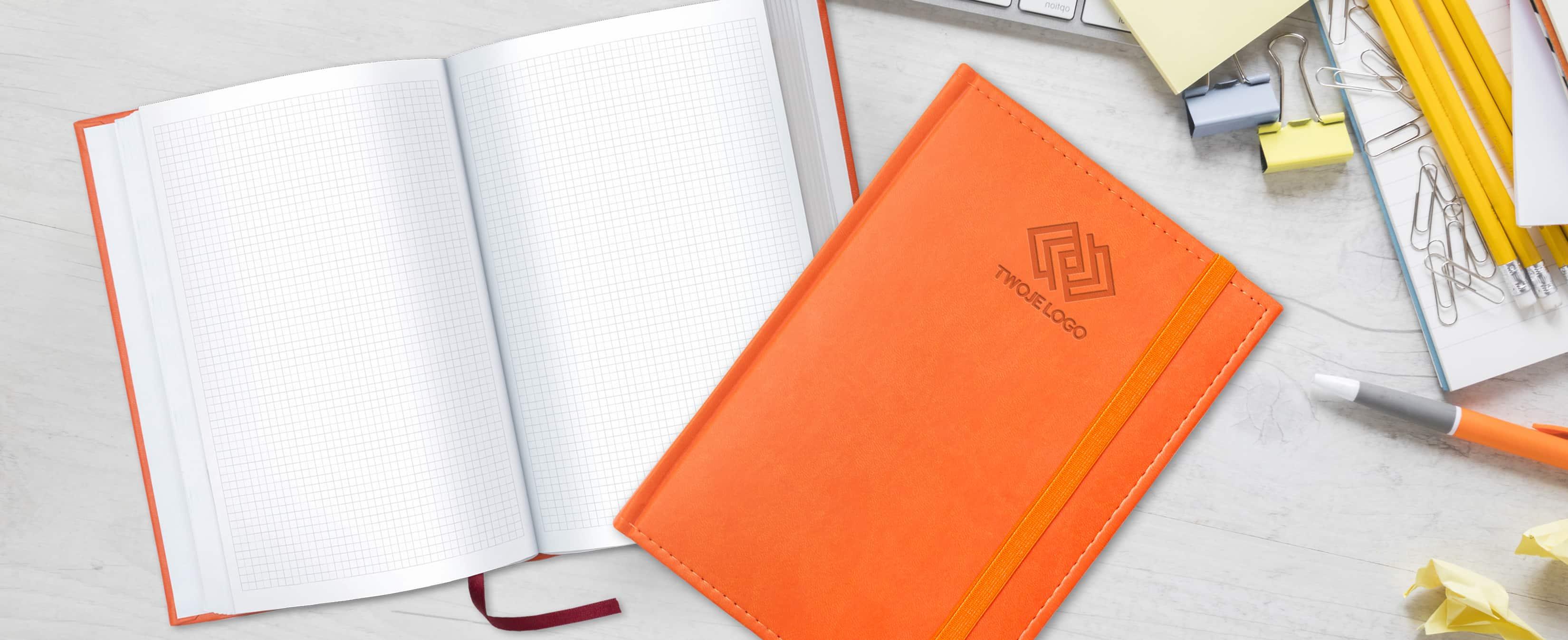 notesy książkowe z napisem Twoje logo