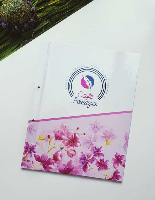 karty w stylu prowansalskim z logo Cafe poezja